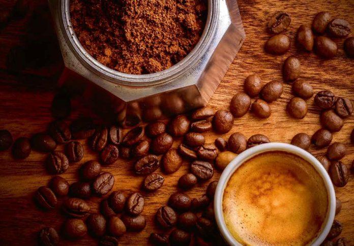 Sirova zrna mogu biti uskladištena godinama, a prženo se zrno mora upotrijebiti što.